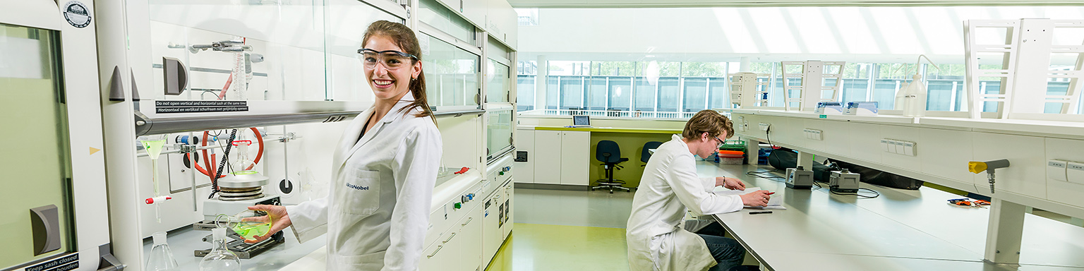 Molecular Science & Technology - Faculteit der Wiskunde en Natuurwetenschappen - Universiteit Leiden