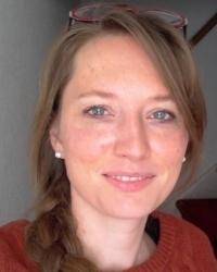 https://www.universiteitleiden.nl/binaries/content/gallery/ul2/portraits/social-and-behavioural-sciences/psychologie/ontwikkelings--en-onderwijspsychologie/elseline-hoekzema/elseline-hoekzema/d200x250