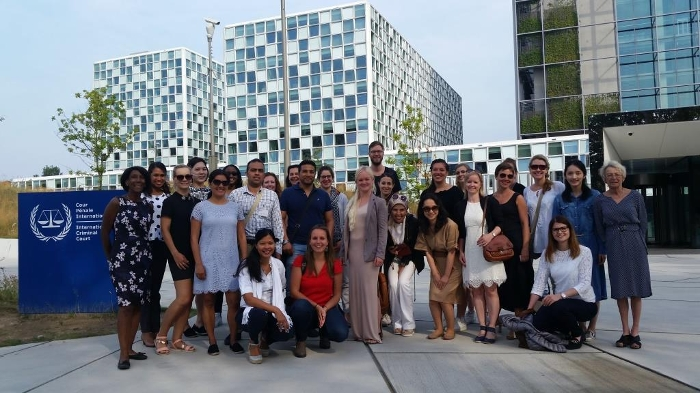 Participants of the Frontiers of Children's Rights Summer School visit the ICC